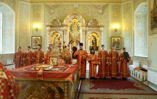 Всенощное бдение в храме в честь Покрова Пресвятой Богородицы