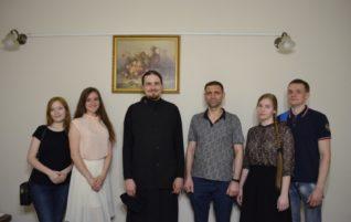 Состоялся творческий вечер православной молодежи «Живые»