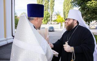 Митрополит Саратовский и Вольский Игнатий совершил Божественную литургию в храме в честь Рождества Христова г. Саратова.