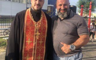 Священник принял участие в в открытии «Народного фитнес-парка»